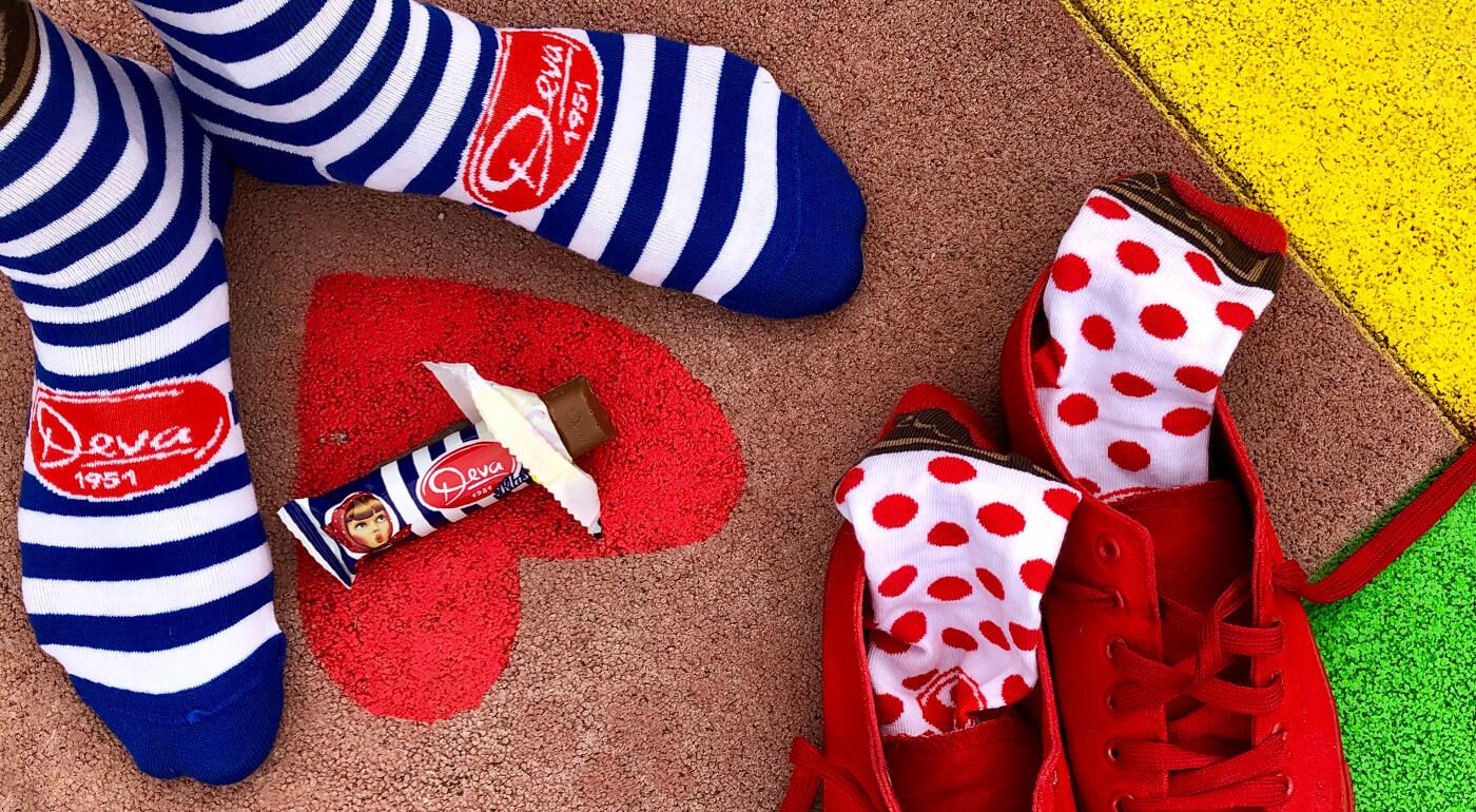 Výnimočné spojenie tradičných slovenských výrobkov a dizajnových ponožiek FunnySOX. Buďte štýlový a skombinujte pohodlie a obľúbené dobroty ako horalku, chrumky či čokoládku Deva.