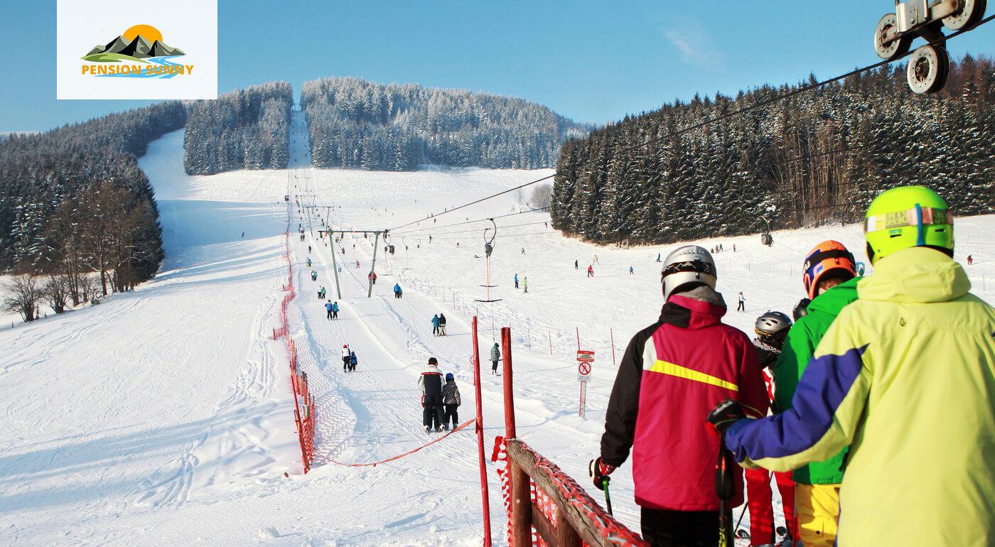 Rakúske Alpy: Pobyt v českom Penzióne Sunny na 3, 4 alebo 6 dní pre 2 osoby s raňajkami alebo polpenziou