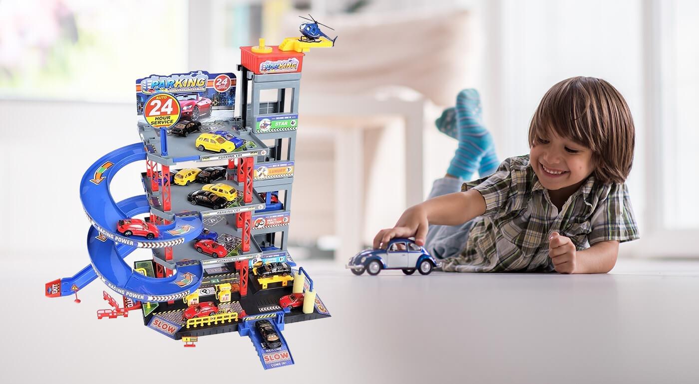 Trojposchodová garáž pre deti s výťahom, 4 autíčkami a vrtuľníkom