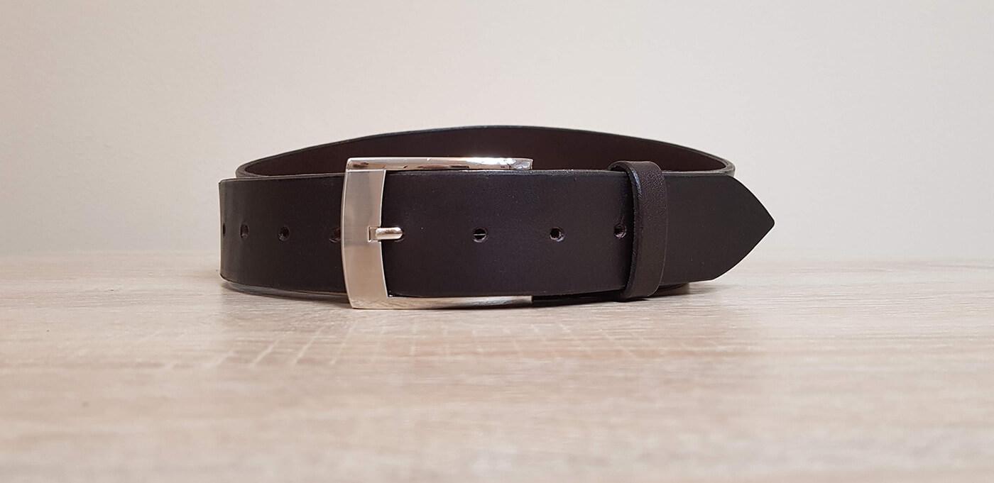 Pánsky kožený opasok Black Belt v darčekovej krabičke (veľkosť podľa vášho výberu)