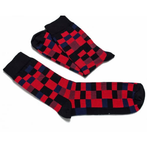 FunnySOX ponožky Pixelky čierno-červené - veľkosť 36-40