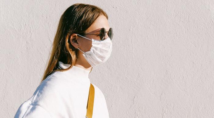 Rúška zo zdravotníckej bavlny do teplého počasia