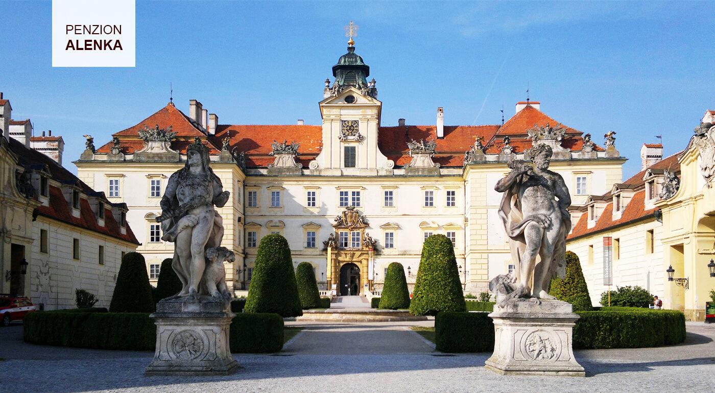 Morava - Valtice: Vinársky pobyt v novootvorenom Penzióne Alenka s ochutnávkou vín vo vínnej pivničke
