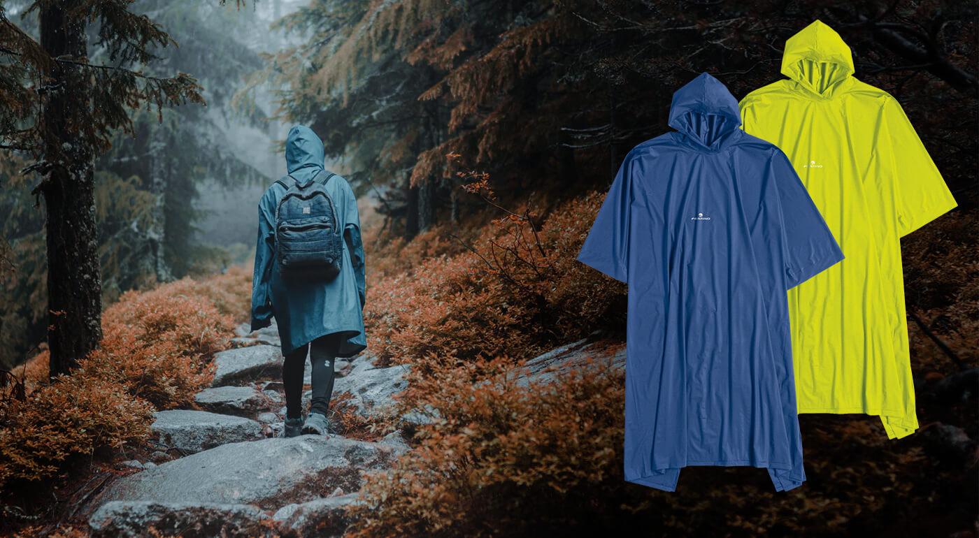Pončo Ferrino s kapucňou - perfektná ochrana pred dažďom a mrholením