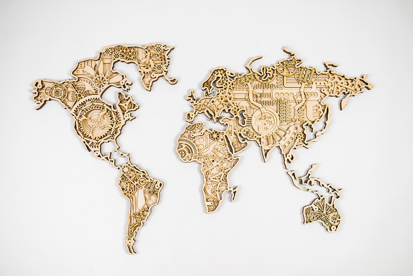 Drevená mapa sveta INDUSTRIAL (rozmery 140 x 82 cm) - s príplatkom za farebnú úpravu