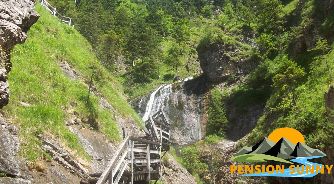 Rakúske Alpy v českom Penzióne Sunny na 3,4 alebo 6 dní s raňajkami - iba 2 a pol hodiny od slovenských hraníc!