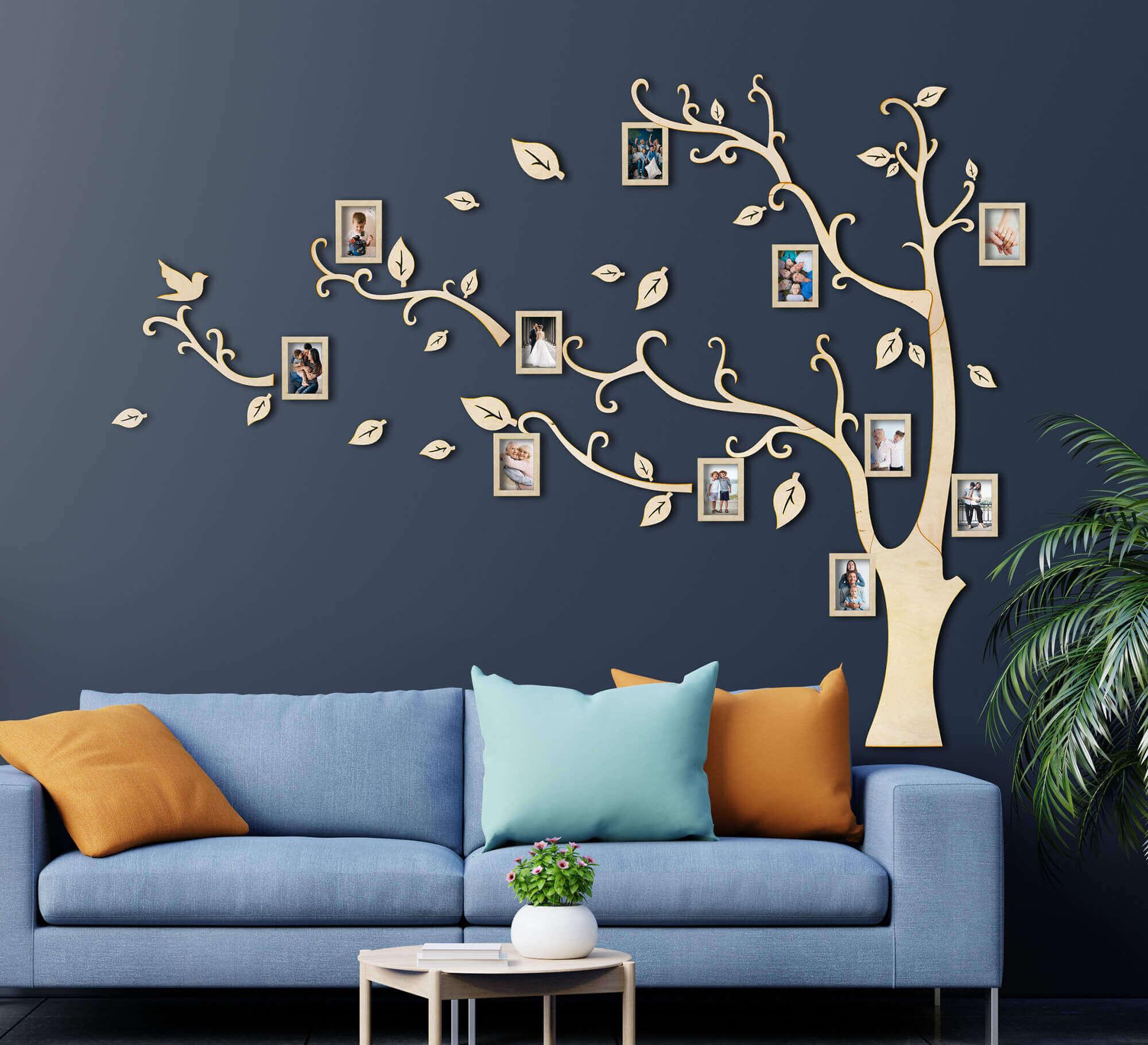 Drevený rodostrom s 11 rámikmi na fotky 170 x 180 cm - svetlé prírodné drevo