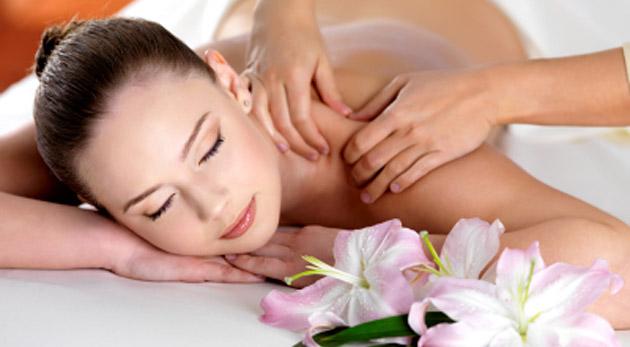 Koniec únave, depresii a bolestiam! Čaká na vás hodinová masáž podľa výberu: celotelová alebo klasická masáž s reflexnou masážou chodidiel.