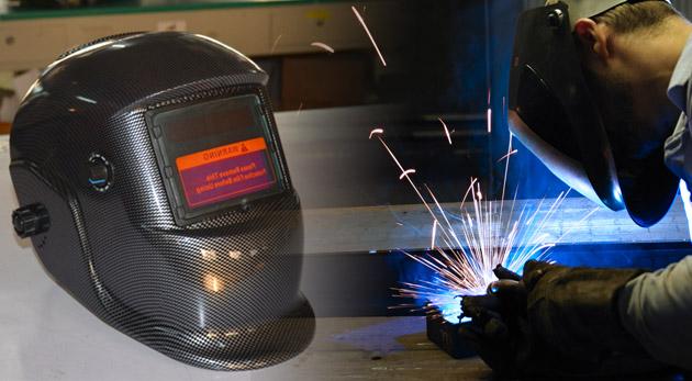 Kvalitná samostmievacia zváračská kukla KLEIN s náhradnými ochrannými sklíčkami filtra.