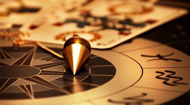 Čo Vás čaká v roku 2014? Získajte odpovede na otázky - numerologický rozbor, výklad kariet a konzultácia