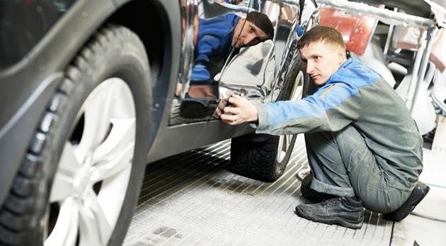 Kompletné tepovanie či umytie auta alebo renovácia autolaku v Petržalke. Kvalitná práca, ktorá sa vám bude páčiť.