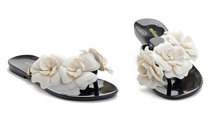 e579237231ad Trendy letné šľapky s jemnými kvetinkami