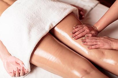 Masáž nôh