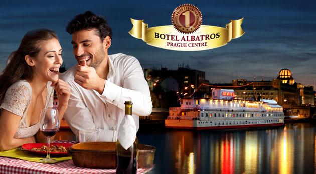 Praha na romantickej hladine Vltavy - Botel Albatros***