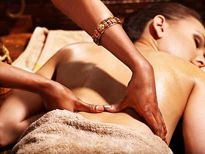 Ajurvédska synchrónna 4-ručná masáž
