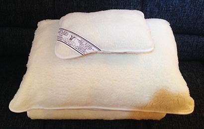 Hrejivá deka a 2 vankúše z ovčej vlny