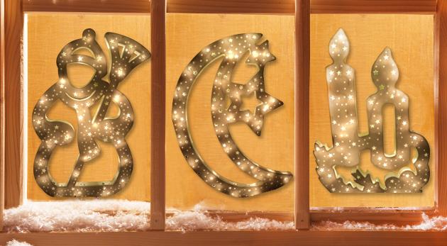 Fotka zľavy: Privítajte vianočné sviatky s gráciou a vyzdobte si váš domov vkusnou svietiacou dekoráciou do okna len za 5,99 €. Na výber 4 motívy - stromček, snehuliak, sviečka či mesiac.