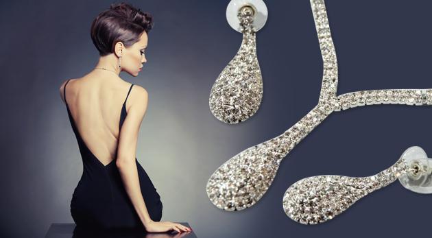 Fotka zľavy: Sada krásnych štrasových šperkov v tvare kvapky - náušnice a náhrdelník len za 5,90 €. Pre každú elegantnú ženu so štýlom!