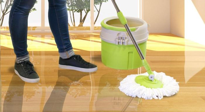 Šetrite svoje sily! Zadovážte si pomocníkov na upratovanie, ktorí vás milo prekvapia kvalitne odvedenou prácou. Uľahčite si život vďaka novému rotačnému mopu s náhradnými hlavicami.