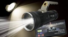 Zľava 40%: Praktická LED baterka s funkciou ZOOM, s dosahom lúča až 600 m a tromi režimami svietenia len za 19,90 €. V balení aj 2 dobíjateľné baterky spolu s nabíjačkou. Svieťte s profesionálnym vybavením!