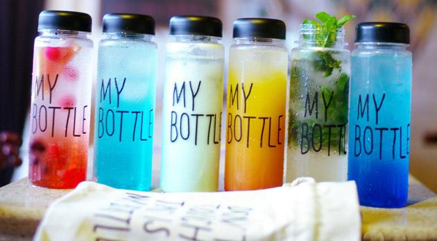 Fotka zľavy: Štýlová a praktická fľaša s vrecúškom len za 6,99 € - svetový hit na chladené i horúce nápoje. Vyskúšajte skvelú ekologickú náhradu za plastové fľaše!