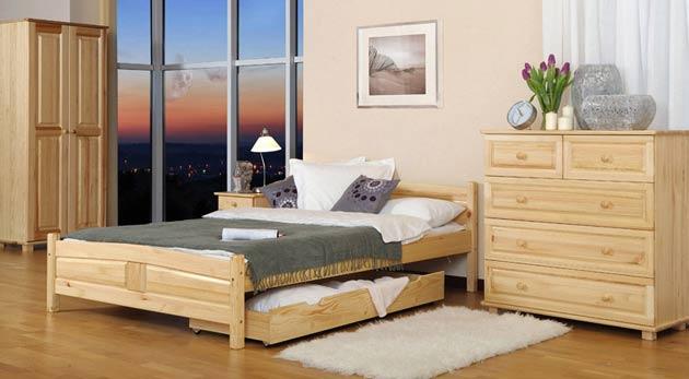 Komfortné postele z borovicového dreva v rôznych rozmeroch i farbách vrátane matracu