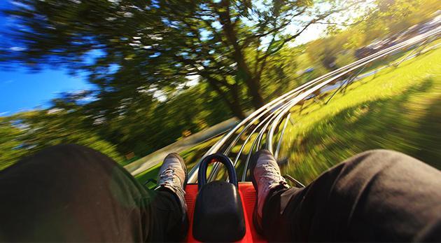 Štyri jazdy na najstrmšej letnej bobovej dráhe na Slovensku vo FUN PARK Žiarce