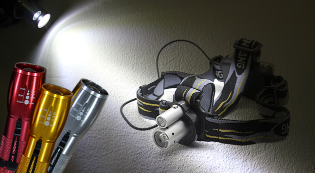LED baterka s klipom alebo profesionálna LED čelovka s laserovým ukazovátkom