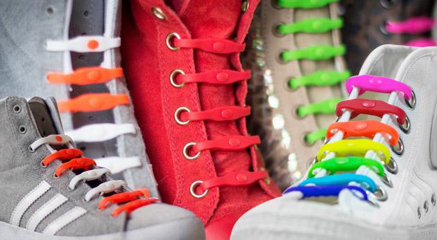 Originálne šnúrky do topánok v 8 farbách pre oživenie vašej obuvi. Akcia 3+1 zadarmo!