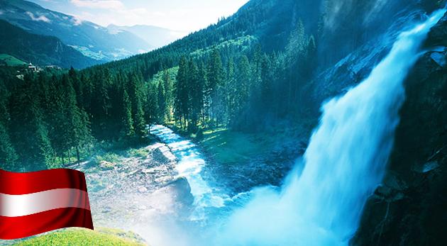 Vyrazte na dobrodružnú túru do tiesňavy Liechtensteinklamm v rakúskych Alpách a na Krimmelské vodopády