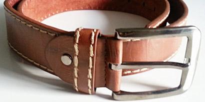 Pánsky kožený opasok s oceľovou prackou - model K
