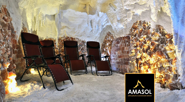 Vstupy do soľnej jaskyne Amasol v bratislavskej Dúbravke