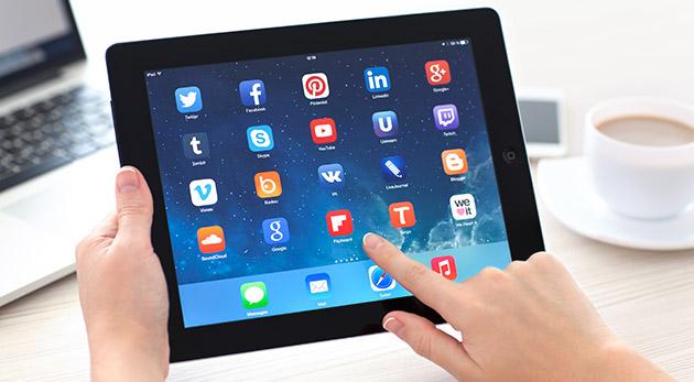 Skvelý tablet Apple iPad 2 - refurbished model