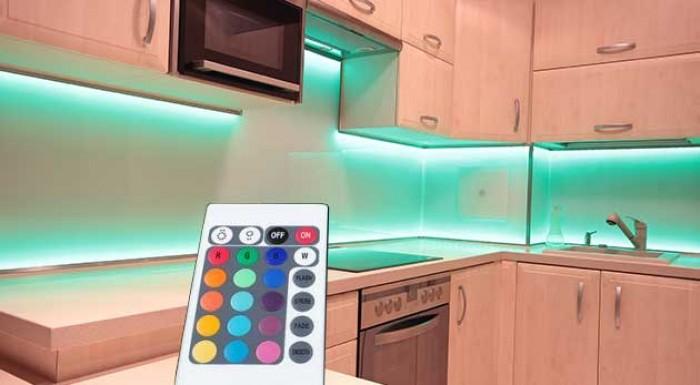 LED pás s diaľkovým ovládaním
