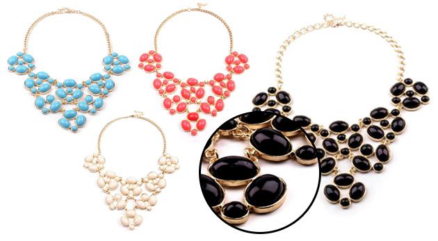 Masívny náhrdelník s kamienkami v 4 farbách