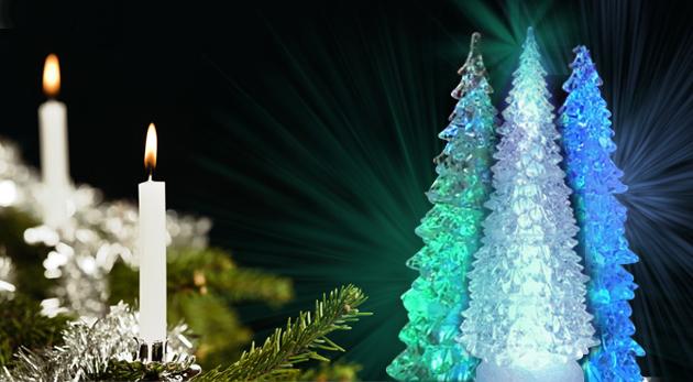 Svietiaci LED vianočný stromček meniaci 4 farby