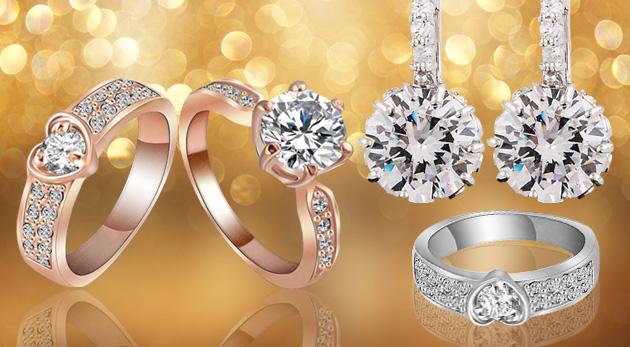 Elegantné náušnice so zirkónom alebo prsteň v zlatej a striebornej farbe