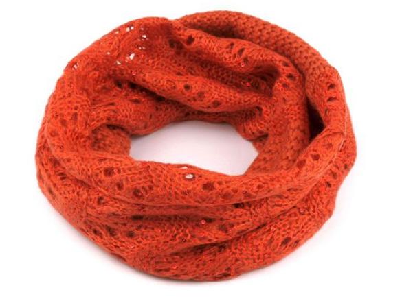 Dámsky pletený nákrčník s flitrami - oranžová farba