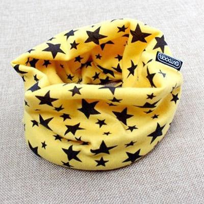 Hrejivý nákrčník pre deti a tínedžerov - vzor hviezda - žltý