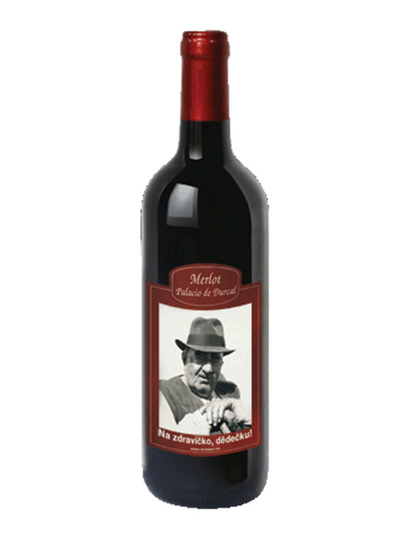 Víno s vlastnou fotografiou a prianím