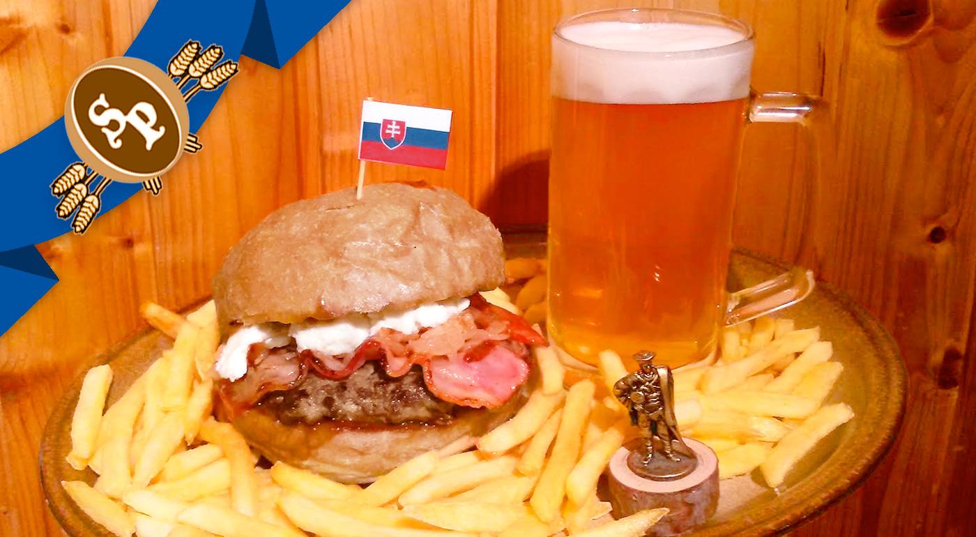 Chrumkavý Jánošíkov hamburger v Staroslovienskej pivárni v Bratislave!
