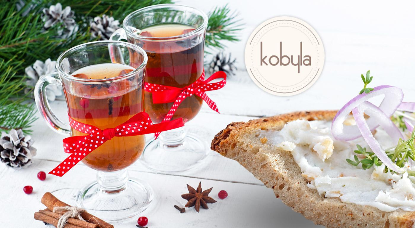 Varené vínko a chlieb s masťou a cibuľou - tradičná slovenská klasika