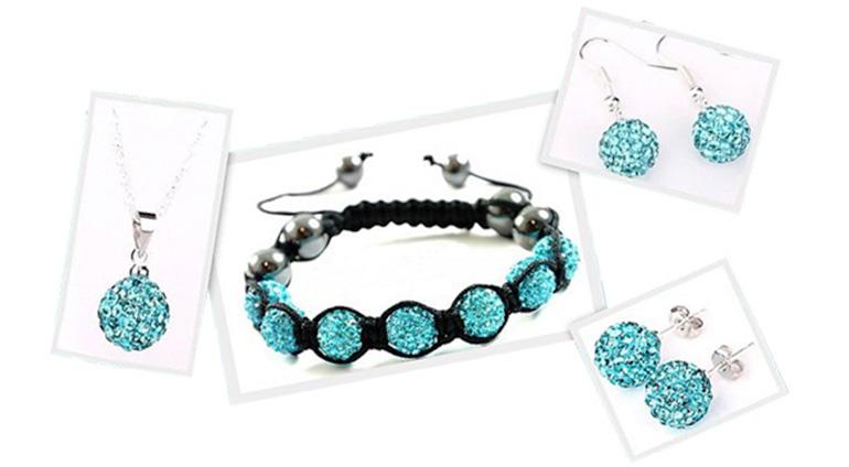 7-dielny set šperkov v tyrkysovej farbe: 2 páry náušníc, retiazka s príveskom a náramok v organzovom vrecúšku