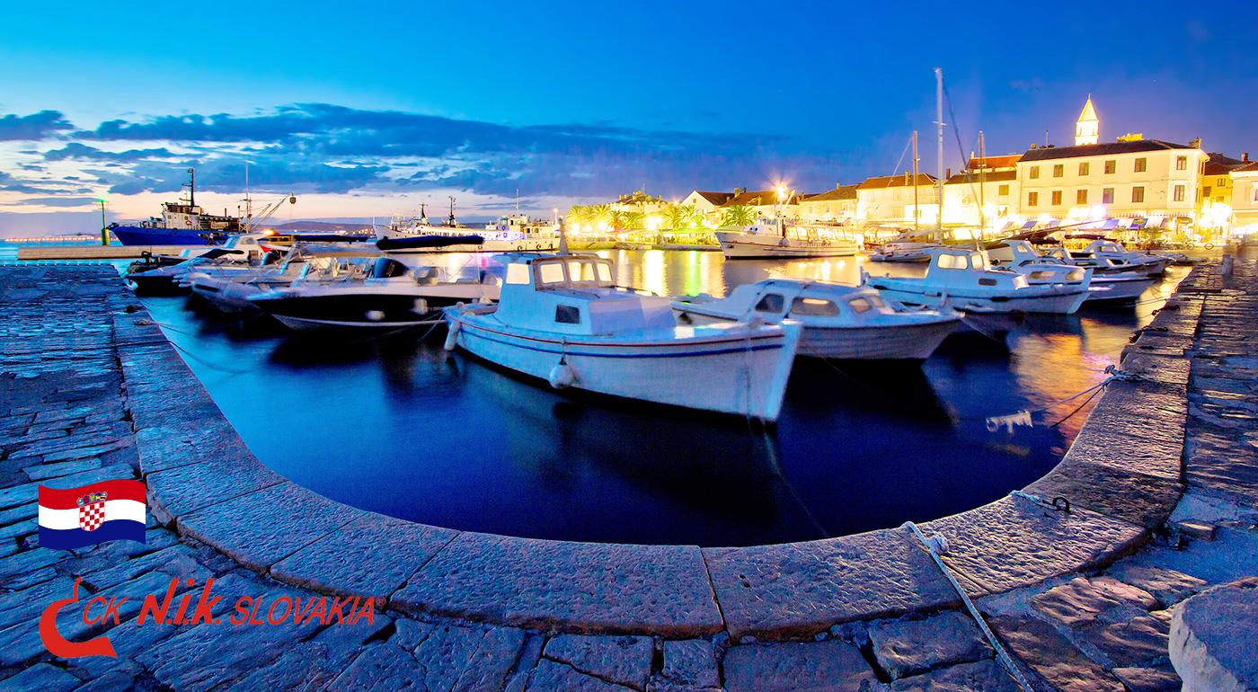 Fotka zľavy: Priblížte si leto v Chorvátsku už počas Veľkej noci v 4* Hoteli Ilirija v Biograde na Moru len za 248 € pre 2 osoby. Bohaté jedlo, využitie wellness, zábavné večery a deti do 12 rokov zadarmo!