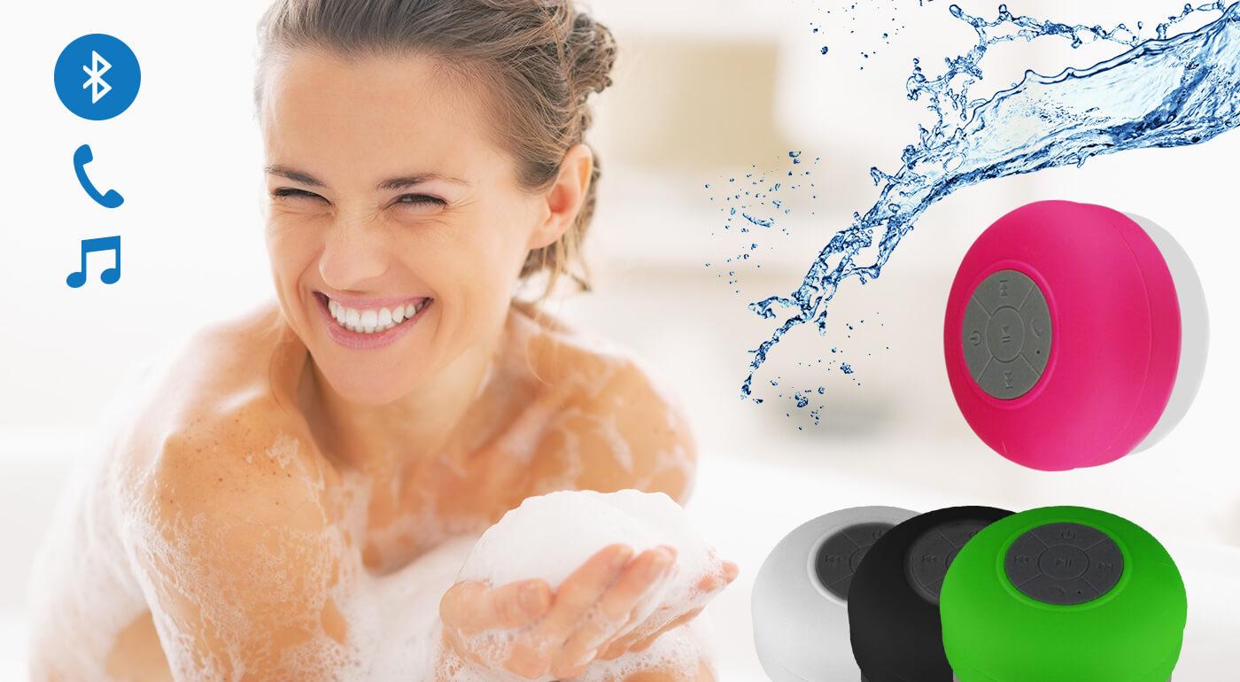 Fotka zľavy: Vodeodolný bluetooth reproduktor len za 12,90 € v štyroch trendy farbách. Vypočujte si svoje obľúbené songy aj vo vani.