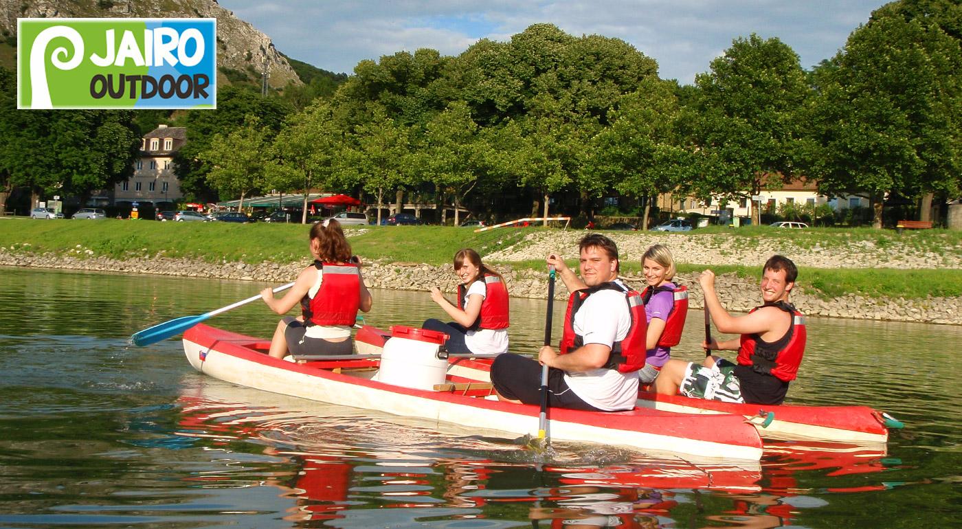 Fotka zľavy: Doprajte si nezabudnuteľný zážitok - jedinečná plavba na štýlových kanoe po Dunaji z Hainburgu do Bratislavy len za 11,90 €!