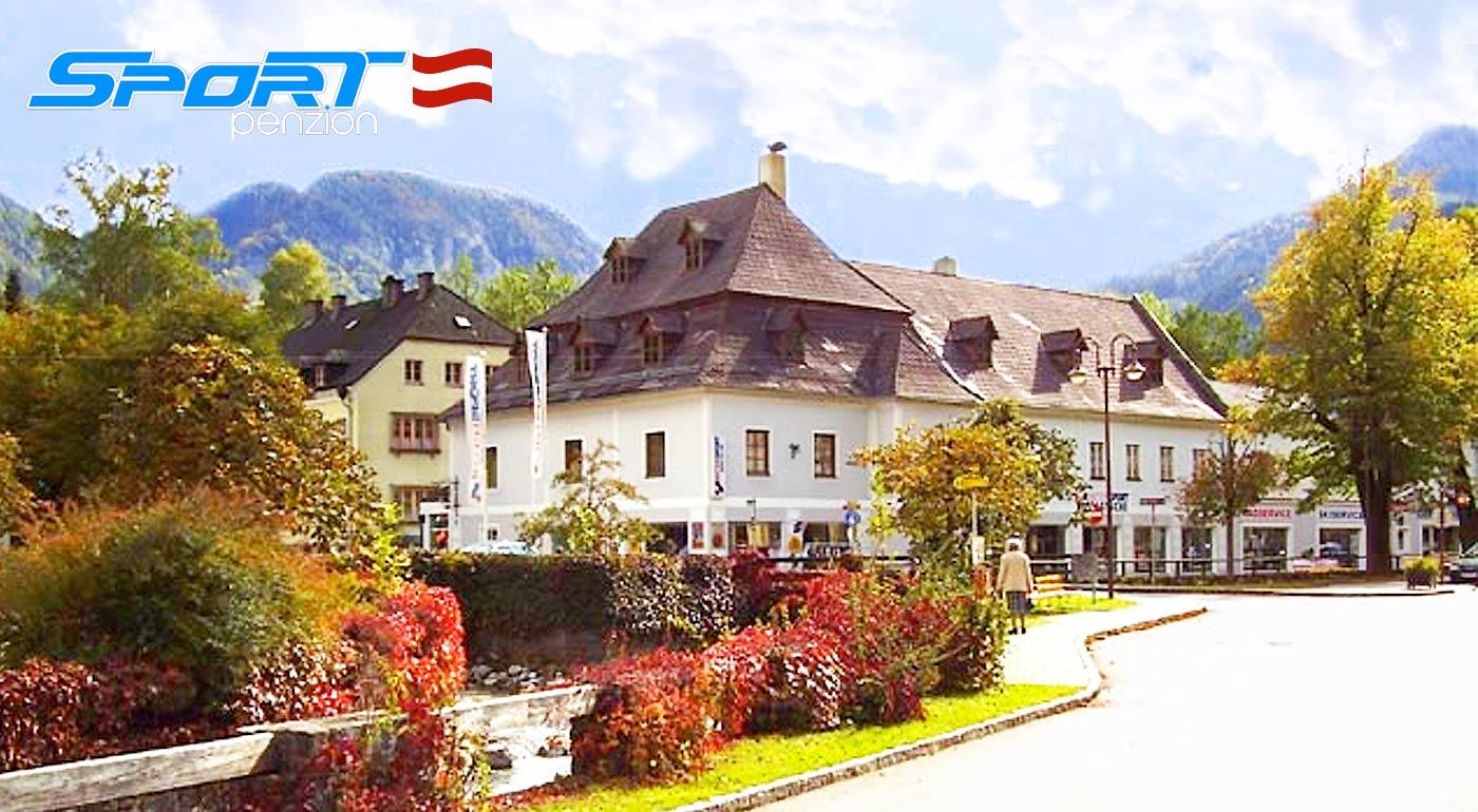 Fotka zľavy: Doprajte si slnečné dni plné turistiky, športu či kúpania v termálnych kúpeľoch v malebnom prostredí rakúskych Álp počas 3-dňového pobytu v Penzióne Sport Alpy len za 93 € pre dvoch s raňajkami.