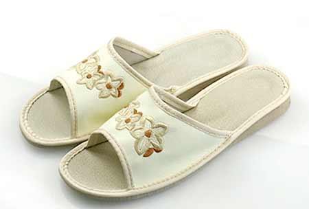 Dámske papuče - model A - veľkosť 36