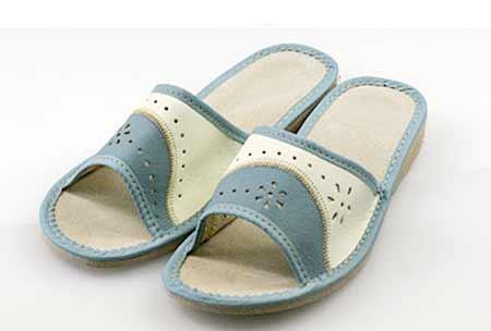 Dámske papuče - model D - veľkosť 36