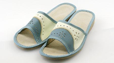 Dámske papuče - model D - veľkosť 38